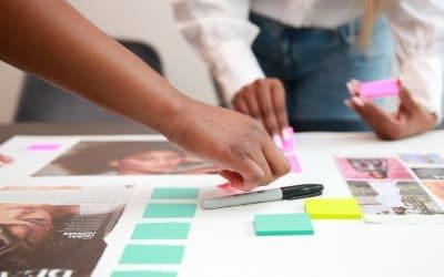 making a vision board to set smart goals
